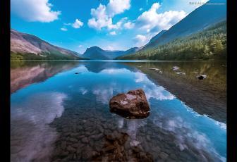 调出绚丽蓝天白云山水风景图片的PS教程